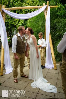 Jephson Gardens Warwickshire Wedding Photography Ellen Adam-26