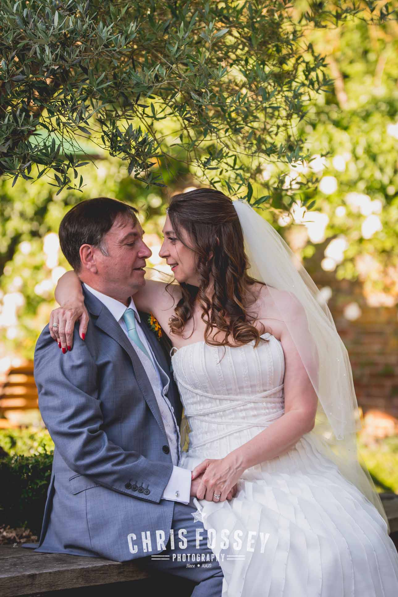 Shustoke-barn-wedding-photography-chris-fossey-warwickshire-karen-matt