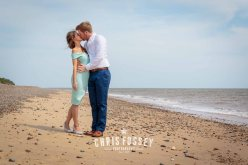Suffolk-beach-wedding-photography-thorpeness-hannah-toby-10