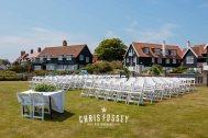 Suffolk-beach-wedding-photography-thorpeness-hannah-toby-16