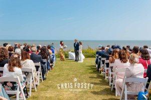 Suffolk-beach-wedding-photography-thorpeness-hannah-toby-34