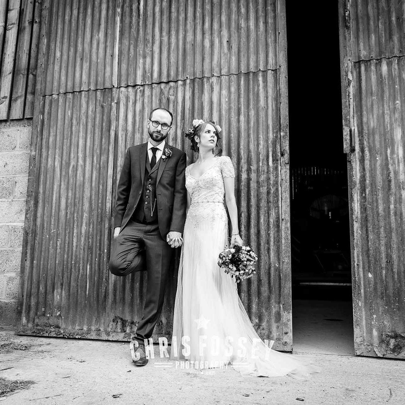 The-Barn-Upcote-Farm-Withington-Wedding-Photography-Gloucestershire-Lauren-Tom