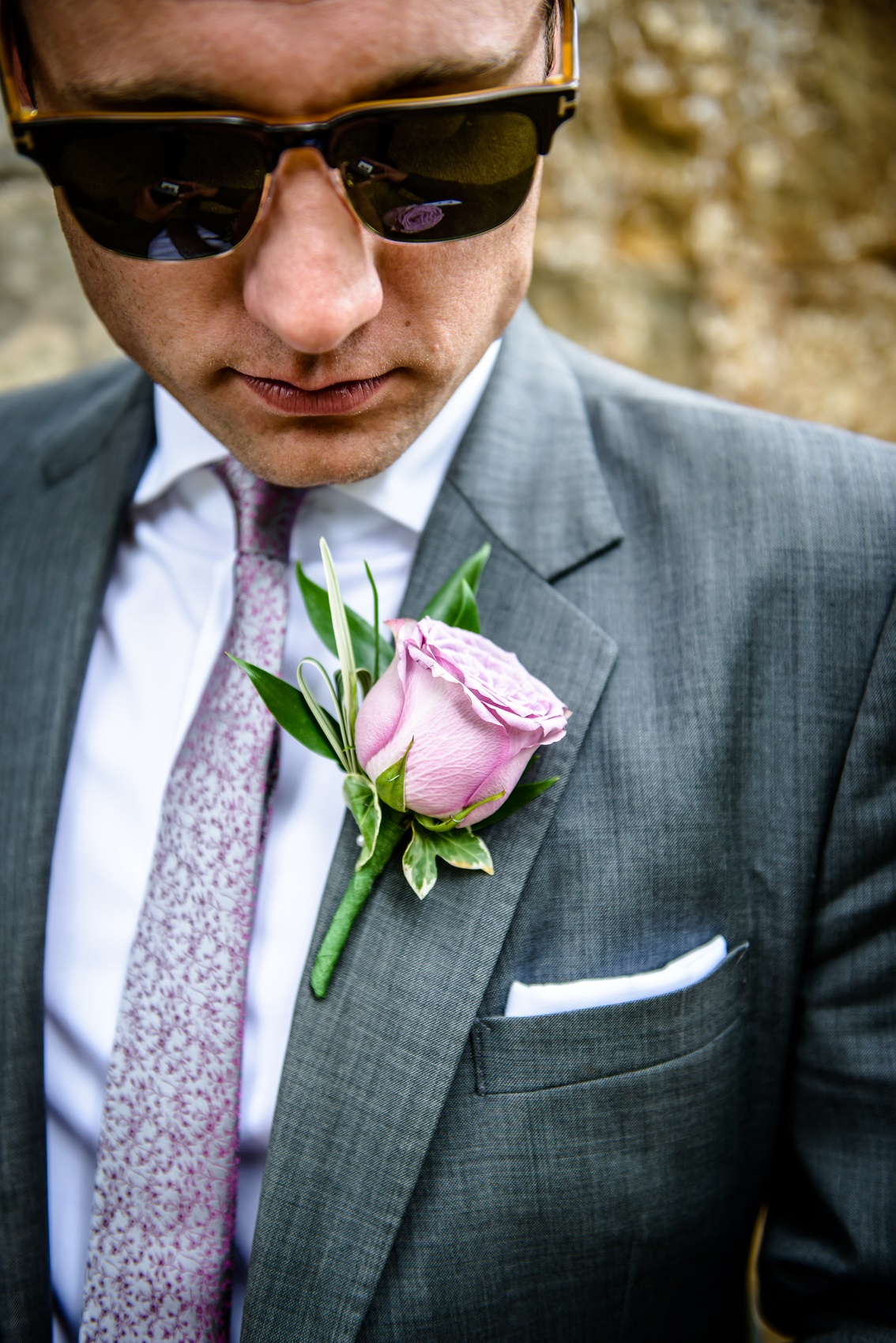 A guide to wedding button holes and corsages by Warwickshire Photographer Chris Fossey Photography