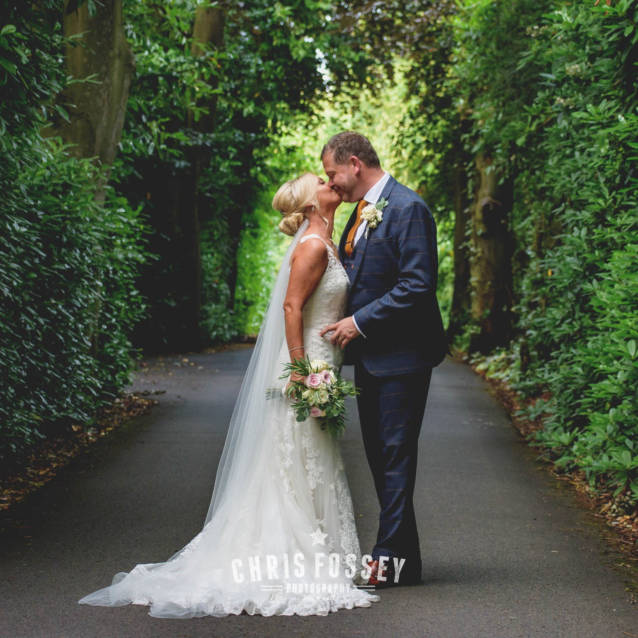Warwickshire Wedding Photography Portfolio-Nuthurst Grange Solihull Birmingham Wedding Photography by Chris Fossey Photographer (6)-160